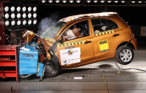 Latin-NCAP_Nissan_March