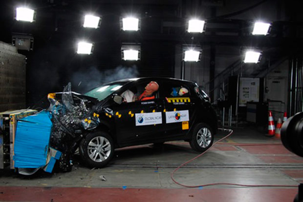 crash-test-hyundai-hb20-hatch-02