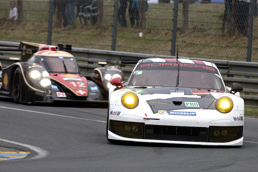 No_ 92 Porsche AG Team Manthey - Lieb_Lietz_Dumas-HeadOn