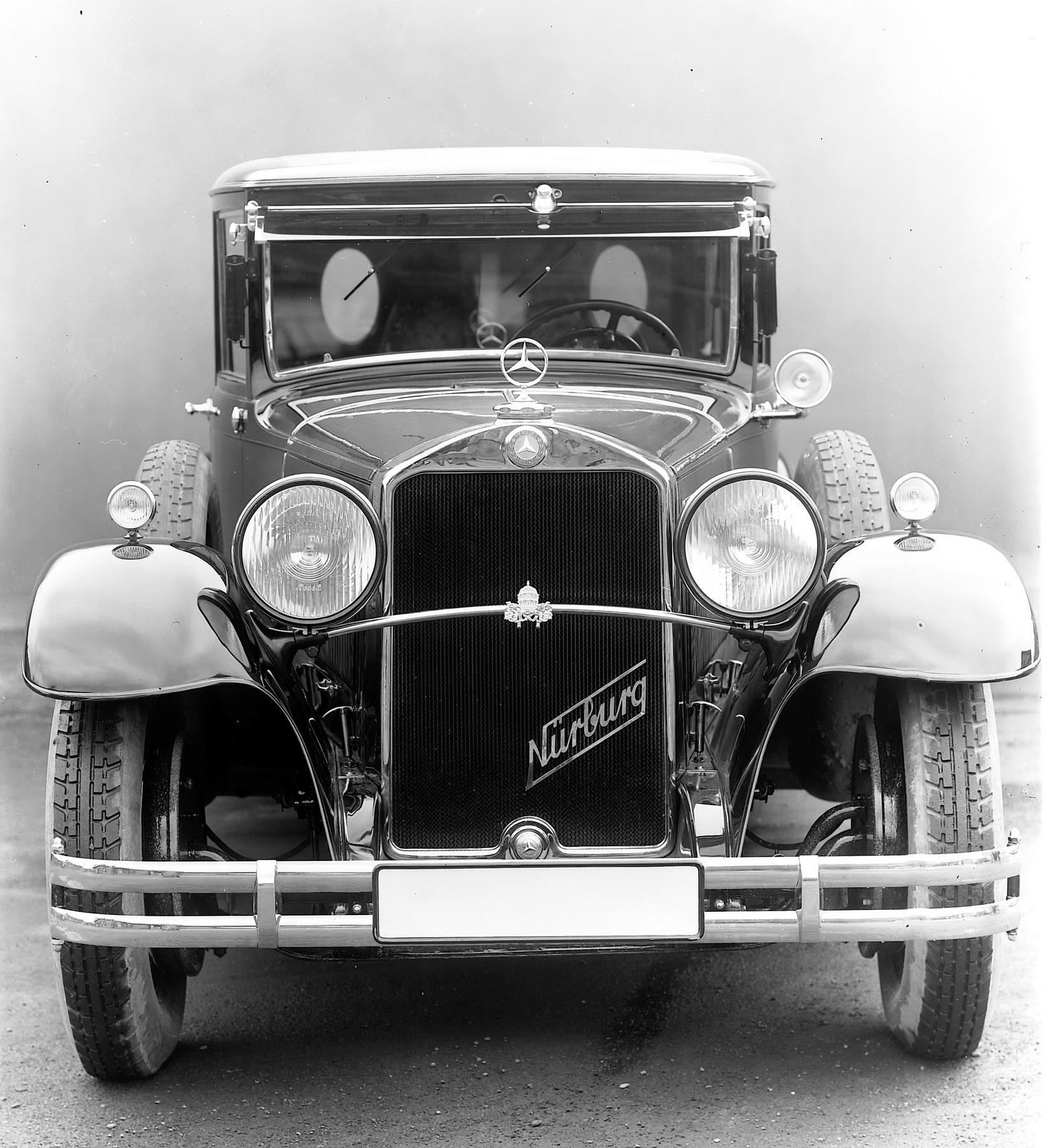 Nürburg 460 Pullman : primeiro carro construído pela Mercedes para Pio XI